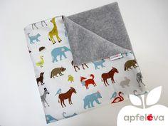 Babydecken - TIERFREUNDE Kuscheldecke Babydecke - ein Designerstück von apfeleva bei DaWanda