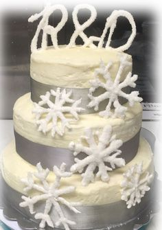 Snowflake Wedding Cake created by Fabulous Freddies Events