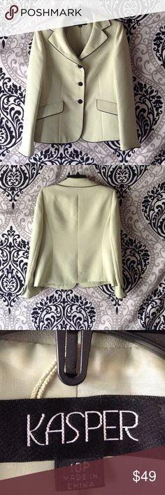 Sale. petite KASPER BLAZER 3button front faux pockets with button cuffs Kasper Jackets & Coats Blazers