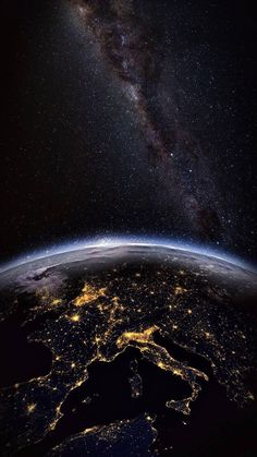 Iphone Wallpaper Earth, Planets Wallpaper, Wallpaper Space, Apple Wallpaper, Black Wallpaper, Screen Wallpaper, Galaxy Wallpaper, Iphone Wallpapers, Wallpaper Wallpapers