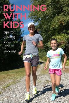 Healthy Fit Tips for Running with Tweens and Kids . How to get your kids off the couch and moving. Make it fun and make it a family sport.- MomTrends - We shared our tips for running with tweens and kids today! Running Club, Kids Running, Running Tips, Running Workouts, Trail Running, Family Fitness, Kids Fitness, Body Weight Training, Half Marathon Training