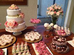 MAG FESTEIRA : Festa Rosas , mesa de doces. Roses
