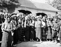Women and men in traditional dress stand for an informal portrait. Greece Pictures, Old Pictures, National Geographic Images, Dress Stand, Great Photographers, Thessaloniki, Animals Of The World, Image Collection, Traditional Dresses