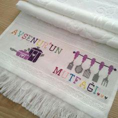 Crochet Blanket Patterns, Elsa, Towel, Cross Stitch, Butterfly, Dish Towels, Towels, Small Cross Stitch, Cross Stitch Pictures