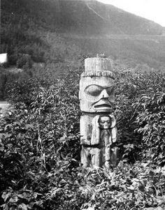 Tsimshian totem pole base at Kitselas Canyon, British Columbia, 1910 :: American Indians of the Pacific Northwest