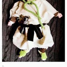 Cute baby yoda costume haha(: