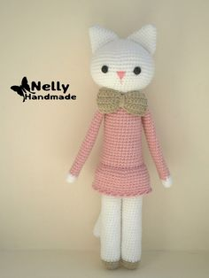 Pretty Kitty is made from Cotton/Acrylic yarn. She is approx. 32 cm tall.  Do you want to have such a friend?)