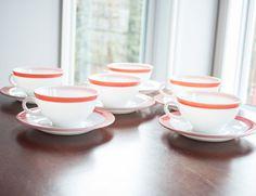 6 Tasse à thé pyrex vintage de couleur flamant rose des années 50 fait au Canada de la boutique 3rvintages sur Etsy