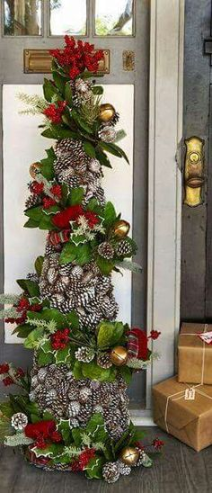 55 Rustic Christmas Decoration Ideas Country Christmas Decor for to do with a tomato cage. Make each garland individually and connect it to the cagePine cones as a Christmas tree Pine cones as a Cone Christmas Trees, Noel Christmas, Outdoor Christmas, Country Christmas, All Things Christmas, Christmas Tree Decorations, Christmas Wreaths, Tomatoe Cage Christmas Tree, Christmas Entryway