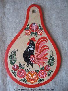 декоративная доска `птицы` Грушевидной формы. декоративная-разделочная доска, расписанная городецкими…