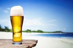 W KTÓRYCH KRAJACH NIE NAPIJESZ SIĘ (DOBREGO) PIWA?       Oto lista krajów do których musisz zabrać własne piwo ;)