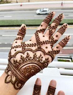 94 Easy Mehndi Designs For Your Gorgeous Henna Look Easy Mehndi Designs, Latest Mehndi Designs, Bridal Mehndi Designs, Mehndi Designs Front Hand, Pretty Henna Designs, Modern Henna Designs, Mehndi Designs For Beginners, Mehndi Designs For Girls, Mehndi Design Photos