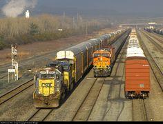 Csx Transportation, Railroad Pictures, Choo Choo Train, Model Trains, Locomotive, Santa Fe, Ontario, Illinois, Yards