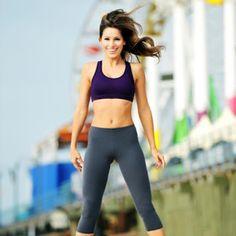 Bacaklarınızın incecik ve uzun olmasını istiyorsanız eğer mutlaka bu hareketi gün içinde 7 dakika yapmalısınız.   Kızlar yapımı basit ...