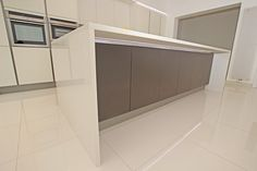 Handleless kitchens from LWK Kitchens - Handleless matt kitchen - Discover more at www.lwk-home.com