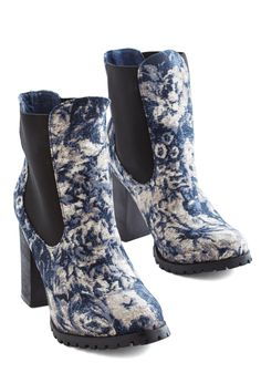 Ten Out of Botanical Bootie. Spruce up your look in a jiffy with these eye-catching booties by Kling. #blue #modcloth