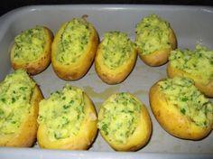 Recept voor Gevulde kruidige aardappelen. Meer originele recepten en bereidingswijze voor aardappelgerechten vind je op gette.org.