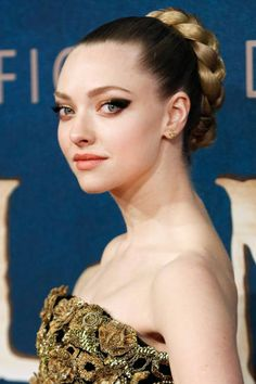 The 20 best hairstyles for wedding inspiration: Amanda Seyfried