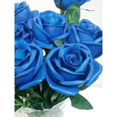rosas artificiales de latex perfumadas en color azul.