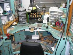This jeweler's bench is an awesome workspace for metalwork ~ I aspire to having separate, dedicated, well-stocked workspaces for all the different kinds of craftwork I'm into.
