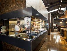 Неповторимый дизайн в индустриальном стиле для кафе-пекарни