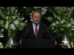Billy Crystal Delivers Much Needed Humor During His Heartfelt Eulogy for Muhammad Ali