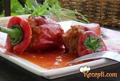 Punjena paprika u paradajz sosu
