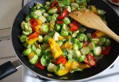 Use any veggies you like! Easy Veggie Hash | via The Hungry Girlfriend