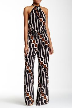 Would like a jumpsuit but can never find one thats long enough and compliments my curvy shape!