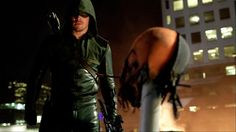 """""""This time I'll make sure he stays dead."""" Check out this amazing 3 minute #Arrow trailer! http://on.fb.me/1cAga7k  pic.twitter.com/tmLTFbjCol"""