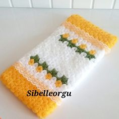 Washing Clothes, Crochet Baby, Christmas Stockings, Diy And Crafts, Knitting, Holiday Decor, Antalya, Crochet Stitches, Scrappy Quilts