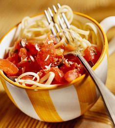 Fresh Tomato Sauce with Pasta