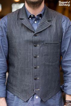 Neat half-curved welt pocket! THE ORIGINAL VAGABOND Mens Fashion Blazer, Preppy Mens Fashion, Vintage Jeans, Vintage Outfits, Mens Party Wear, Rock Style Men, Man Skirt, Japanese Outfits, Gentleman Style