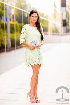 Mint dress & book handbag Dresseos Bolso libro Elizabeth Cole Crimenes de la Moda