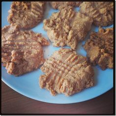 Peanut Butter Protein Cookies #CleanEating