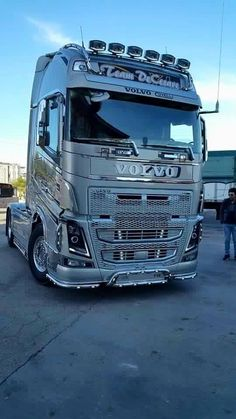 I appreciate the huge volvo text. #volvotrucks #volvo #trucksforsale