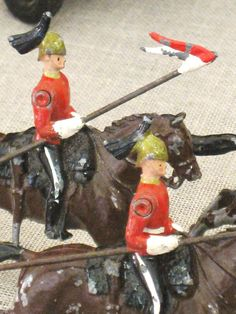 Vintage lead toy soldiers...