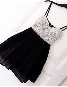 Modern Spaghetti Straps Pearls Short Black Homecoming Dress,black prom dresses,prom dresses with pearls,short homecoming dresses,a-line prom dresses