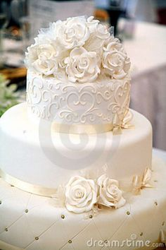 Torta De Boda Imagen de archivo libre de regalías - Imagen: 14377976