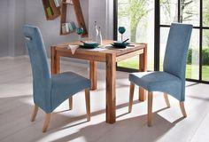 Der massive Esstisch aus FSC zertifizierte Wildeiche überzeugt durch ein zeitloses Design. Er ist in verschiedenen Breiten erhältlich und läßt sich optional mit Ansteckplatten verlängern. Bestellen Sie diese gleich mit.   Details:  In verschiedenen Größen, Pflegeleichte Oberfläche, rechteckige Tischplatte, Das Holz ist Wildeiche, geölt.,  Maße:  (T/H) ca. 90/75 cm, 75 cm Tischhöhe, 4 cm starke ...