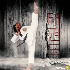 Taekwondo Girl, Karate Girl, Female Martial Artists, Martial Arts Women, Art Women, Action Film, Aikido, Judo, Boxing