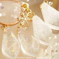 埋め込み Resin Glue, Uv Resin, Resin Art, Resin Jewelry, Crystal Jewelry, Lisa, Cold Porcelain, Resin Crafts, Fused Glass