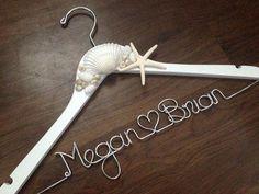 Haz tu percha personalizada para el vestido – Yo Digo Si, Wedding Planner Madrid