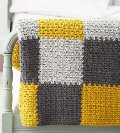 Bernat: Pattern Detail - Softee Chunky - Patchwork Blanket (crochet) 色合いが好き