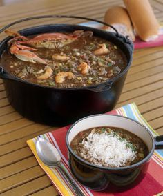 Seafood Gumbo - A special treat in our home. Mostly we had file gumbo and occasionally okra gumbo. Fish Recipes, Seafood Recipes, Soup Recipes, Cooking Recipes, Gumbo Recipes, Buffet Recipes, Recipies, Seafood Gumbo, Seafood Dishes
