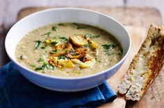 Warm up in wintry July the Mushroom Mania month with this delicious Roasted Mushroom & Cauliflower soup Cauliflower Soup Recipes, Roasted Garlic Cauliflower, Cauliflower Mushroom, Cauliflower Cheese, Roasted Mushrooms, Stuffed Mushrooms, Chopped Cheese, Curry, Cheese Toast