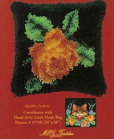 Latch Hook Floral Pillow,  Free Pattern