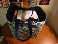Large tote, made by MeganCrafts on craftster.  I love how large this is and how it can hold a box with ease :)
