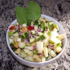 Apple and Zucchini Salad | Fresh-tasting. Colorful. Potluck and picnic-worthy.