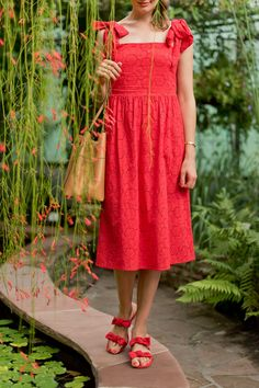 Outfit: Red Dress with Bows | www.moodforstyle.de | Fashion, Food, Beauty & Lifestyle Blog from Germany